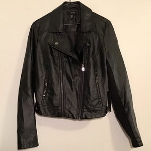 Forever 21 zip up faux leather jacket